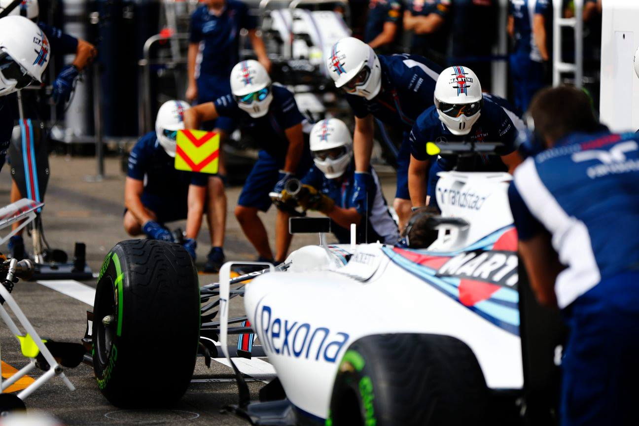 williams-martini-racing-3